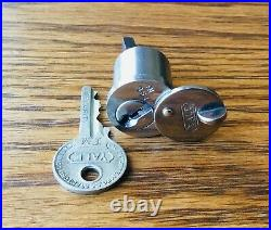 1920s LOCK CYLINDER withYALE KEY vtg early antique