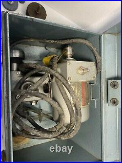 DUMORE Vintage 8119-2130 Tool Post Grinder 1/5 HP 15500 RPM With Accessories WORKS