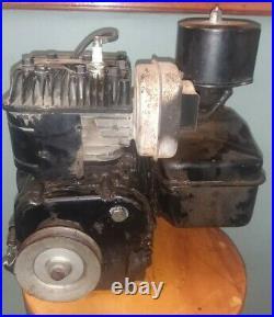 Vintage 5 HP Briggs & Stratton Engine Motor Model 130202 Runs Good