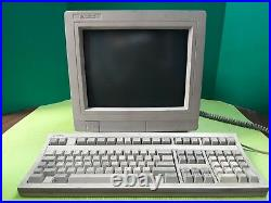 Vintage HP 700/96 Terminal Monitor with C3340-60201 Keyboard