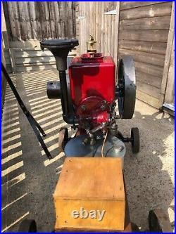 Vintage International Famous 1hp Open Crank, Hit And Miss Stationary Engine