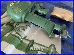 Vintage Johnson Sea Horse 25HP Model Outboard Boat Motor with Box